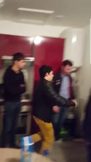 Kick Down Door Gifs Tenor