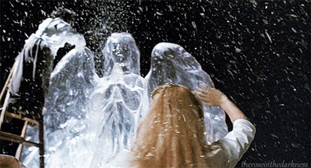 Edward Scissorhands Ice Sculpture Gifs Tenor
