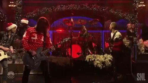 Foo Fighters Snl Christmas.Foo Fighters Head Bang Gif Foofighters Headbang Christmas Discover Share Gifs