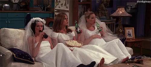Wedding Dress GIF - Friends RachelGreen MonicaGeller - Discover ...