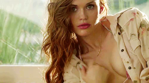 Holland Roden Tits