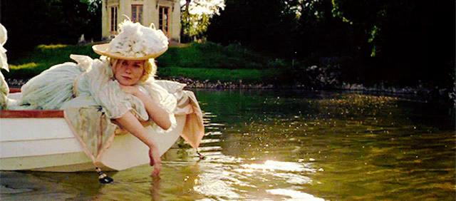Marie Antoinette Coppola GIF - MarieAntoinette Coppola Lepetittrianon -  Discover & Share GIFs